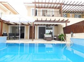 Coral Bay Villas - To Rent